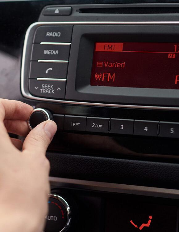 6 dicas para bombar o som do seu carro